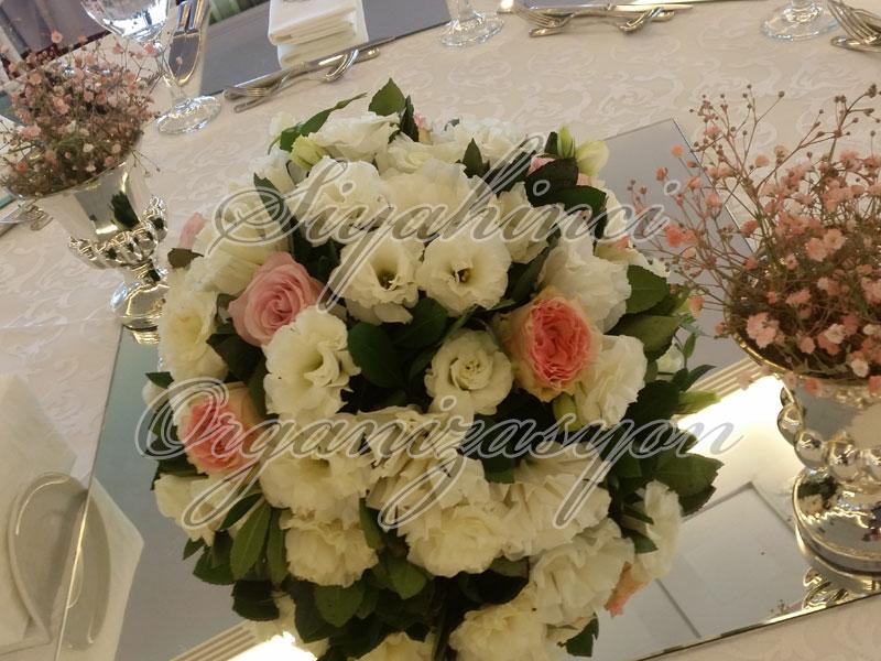 Masa Parteri - Canlı Çiçek